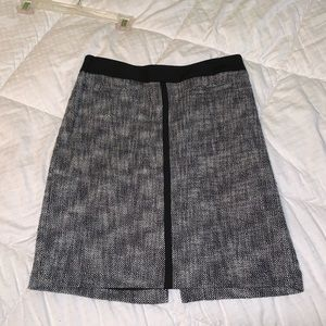 Gray textured professional skirt, like new